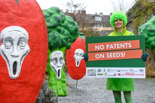 Petition against patent monopolies on seeds!